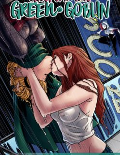 Ghost Spider VS. Green Goblin (Spider-Man)